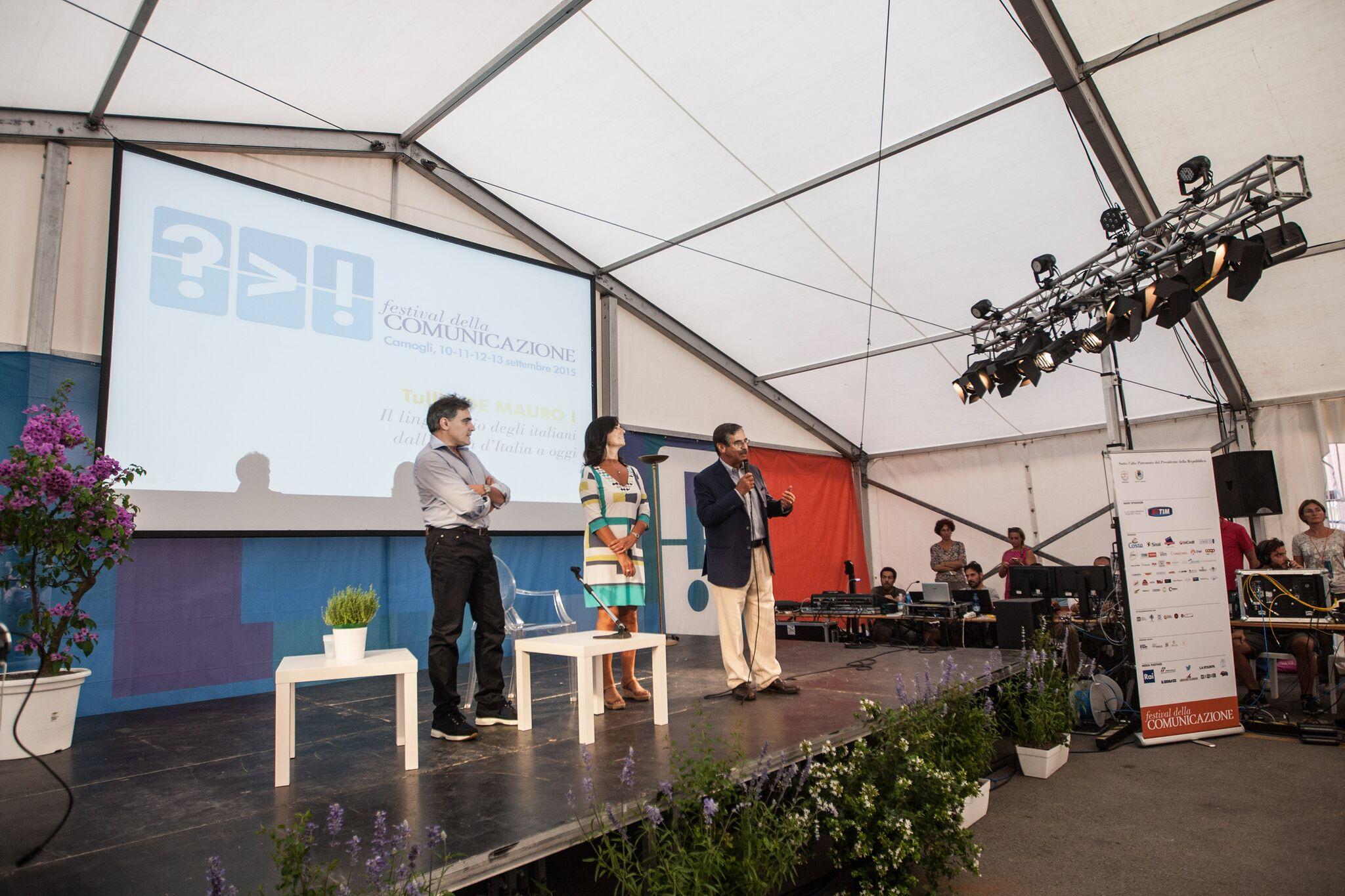Apertura Festival della Comunicazione 2015_direttori e sindaco